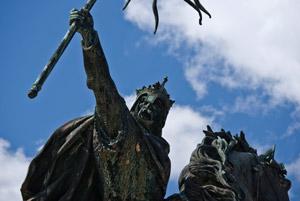 Statue du duc de Normandie Guillaume le Conquérant à Falaise